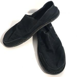 Crocs Men's Cavas Slip ons  Size 11